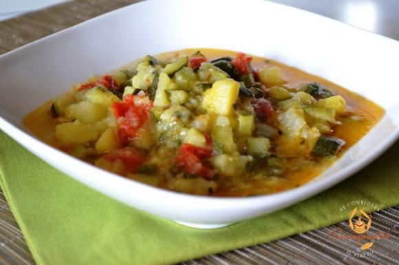 Minestra di patate e zucchine