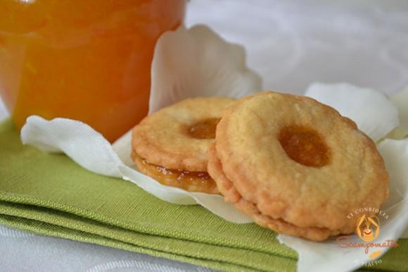 Pasticcini con marmellata di arance