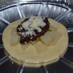 Focaccine al formaggio e salsa al tartufo nero
