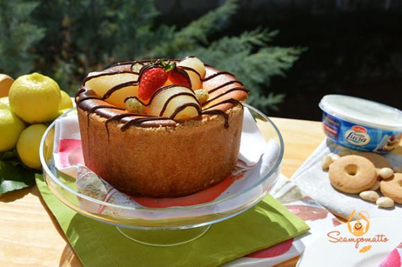 Cheesecake di ricotta e mascarpone Galbani Santa Lucia con pere e cioccolato
